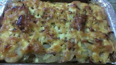 Картошка в духовке с копченым салом
